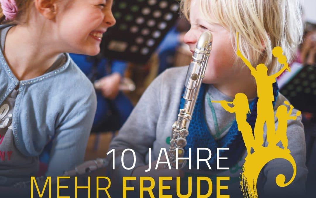 """Festschrift 10 Jahre """"Wir machen die Musik!"""""""